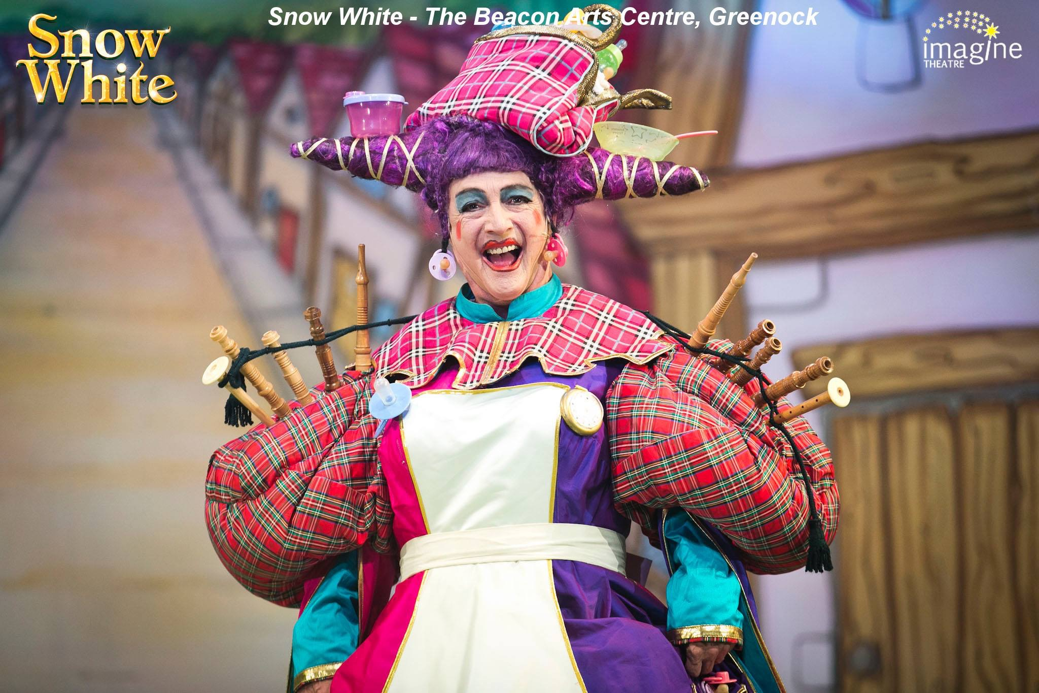 Snow White - Beacon Arts Centre - © Imagine Theatre 2017